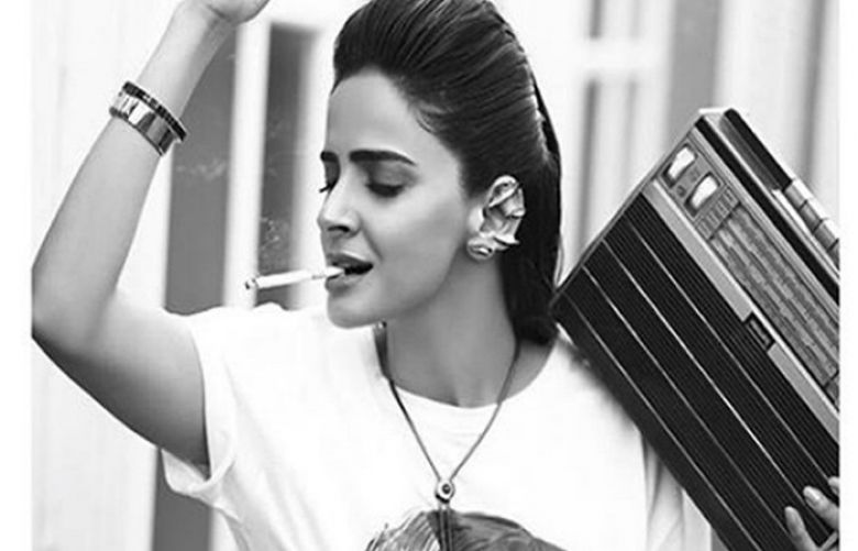 Saba Qamar smokes in latest photo shoot to make a point