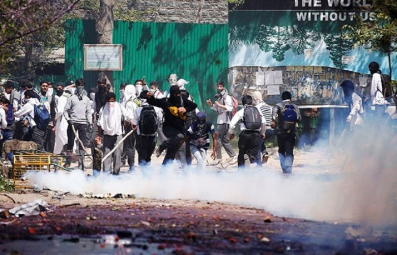Students subjected to force in Srinagar, many injured