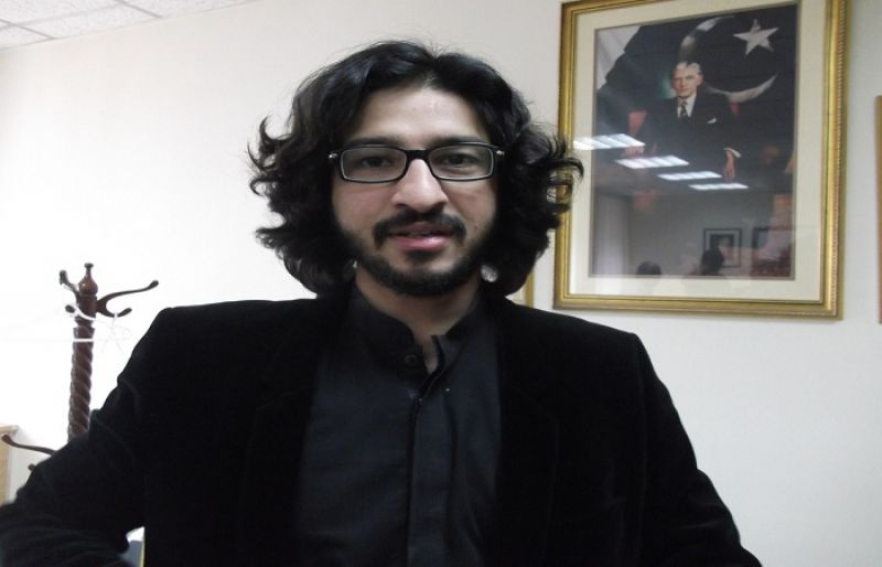 Imran names Dost Mazari for Punjab Assembly deputy speaker - SUCH TV