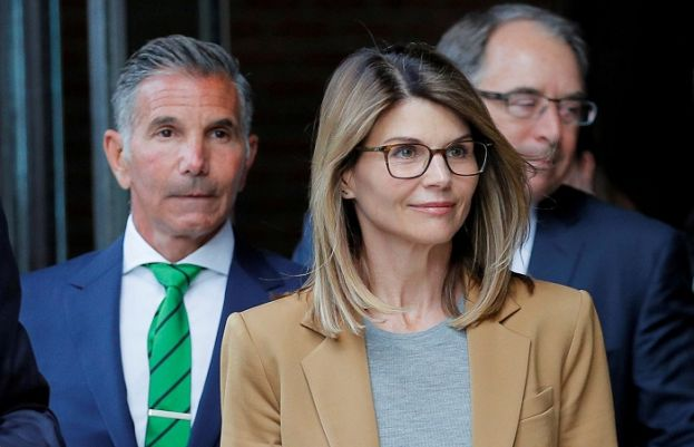Lori Loughlin, husband plead guilty in U.S. college admissions scandal