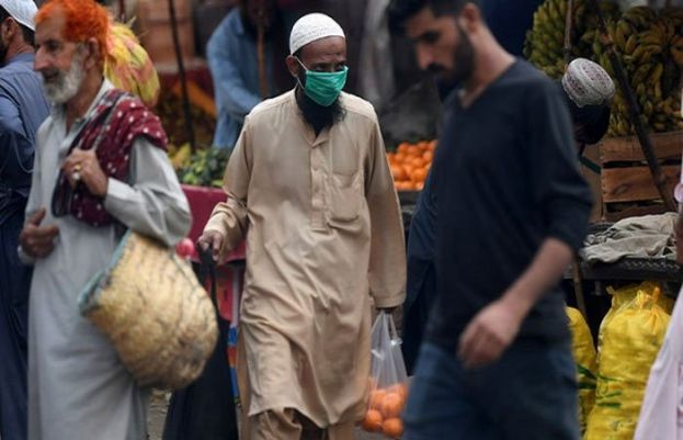 CM Punjab warned 670,000 may be infected with COVID-19 in Lahore alone