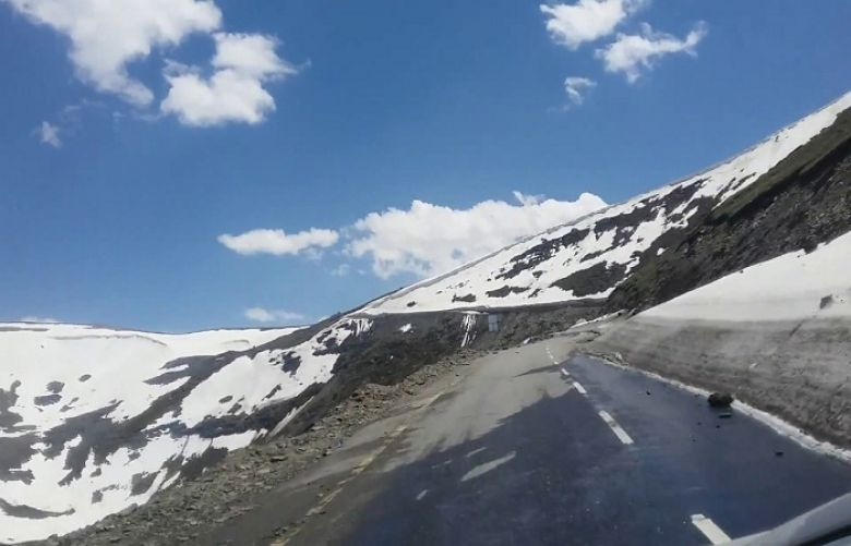Naran Chilas road via Babusar top will be opened for traffic from Sunday