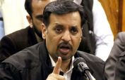 Mustafa Kamal speaks out against division of Sindh in Larkana rally