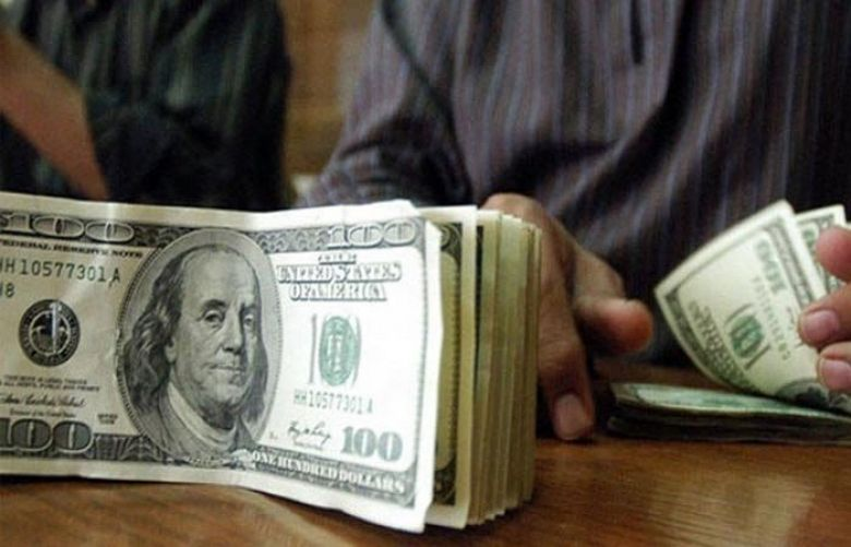 US dollar reaches new all-time high against Pakistani rupee