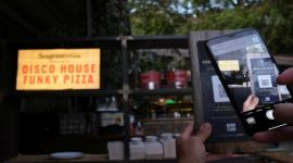 Spain: Funky pizza restaurant launched first virtual waiter app