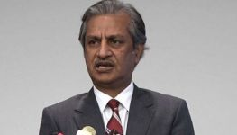 Former Pemra chairman and journalist Absar Alam injured in Islamabad gun attack