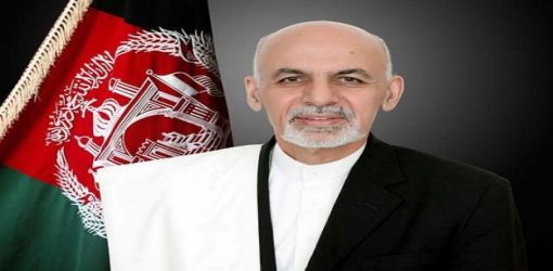 Afghan President Ghani survives blast that kills 30 at campaign rally