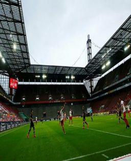 Football clubs in dilemma over players' transfer amid coronavirus