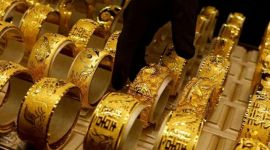 Gold prices fall further in local market