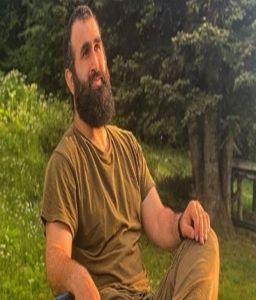 'Ertugrul' star Celal Al aka sends love to Pakistan in Urdu