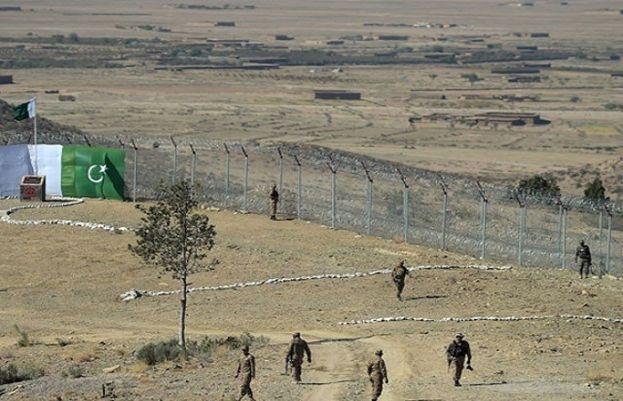 پاک افغان سرحد پر دہشت گردوں کا حملہ