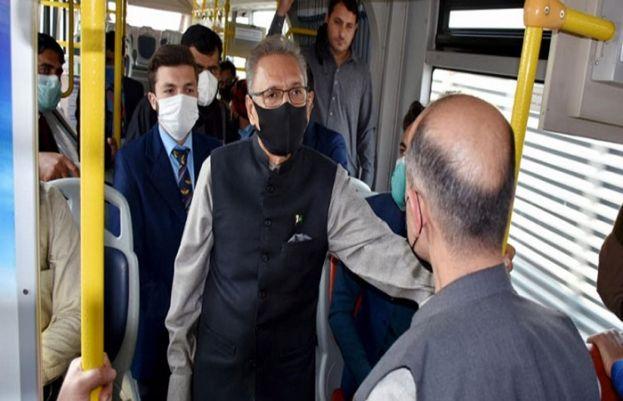 صدر مملکت عارف علوی کا بس میں سفر
