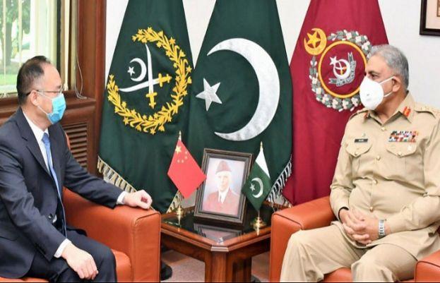 آرمی چیف جنرل قمرجاوید باجوہ سے پاکستان میں تعینات چین کے نئے سفیر نونگ رونگ نے ملاقات کی ہے۔