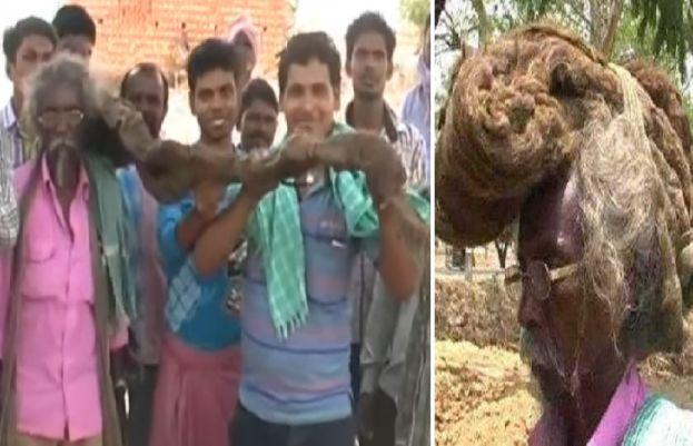 کئی برسوں سے بال نہ دھونے والے بھارتی شہری کی تصاویر وائرل ہوگئی ہیں