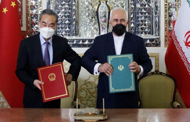 چینی وزیر خارجہ وانگ اور ایرانی ہم منصب جواد ظریف
