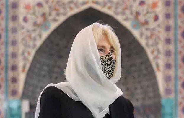 شہزادہ چارلس کی اہلیہ کمیلا پارکر نے لندن میں مسجد کا دورہ کیا