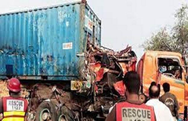 آج صبح ڈیرہ غازی خان بدقسمت بس حادثہ سے متعلق تہلکہ خیز انکشافات سامنے آئے ہیں۔
