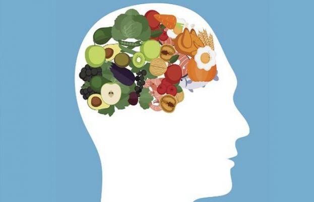 ماہرین نے دماغی صحت کی بہتری کیلئے غذائیں بتادیں