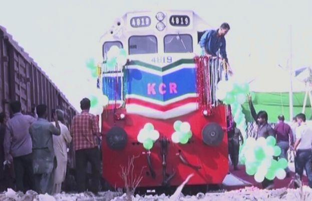 کراچی میں سرکلر ریلوے کا افتتاح کر دیا