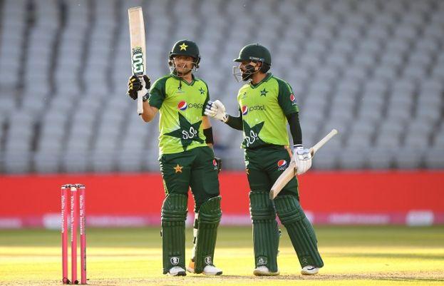 پاکستان نے انگلینڈ کو 5 رنز سے شکست دے کر سیریز 1-1 سے برابر کردی۔