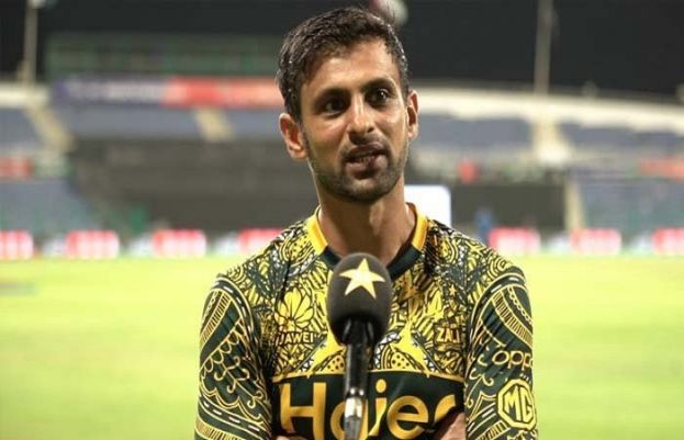 پاکستان کرکٹ ٹیم کے تجربہ کار بیٹسمین شعیب مل