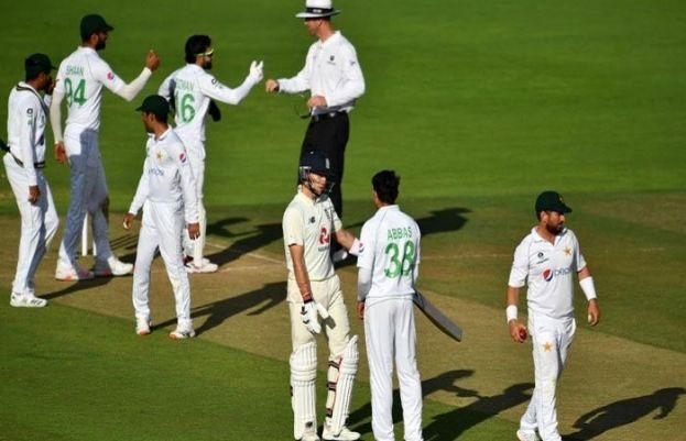 پاکستان  اور انگلینڈ کے درمیان دوسرا ٹیسٹ ڈرا ہوگیا۔