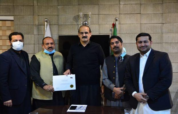 پاکستان تحریک انصاف نے ملک ساجد محمود کو میئر اسلام آباد کے انتخاب کیلئے نامزد کر دیا۔