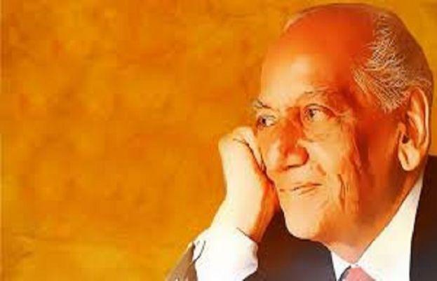 عظيم شاعرفیض احمد فیض کا آج ایک سو110واں یومِ پیدائش منایا جا رہا ہے۔