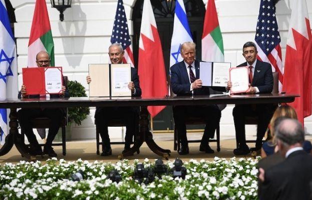 امارات اور بحرین نے اسرائیل سے سفارتی تعلقات کے معاہدے پر دستخط کردیے
