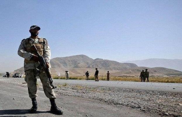 بلوچستان کے علاقے آواران میں سیکیورٹی فورسز سے مقابلے کے دوران 7 دہشت گرد ہلاک ہوگئے۔