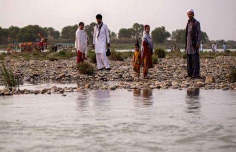 دریائے چناب میں ڈوبنے والے میٹرک کے چار طالب علموں میں سے دو کی نعشیں نکال لی گئیں