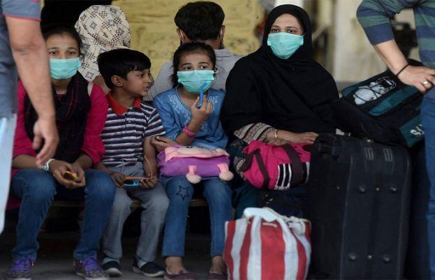 پاکستان میں کورونا وائرس کے 2 ہزار 208 نئے کیسز رپورٹ، متاثرہ افراد کی تعداد 3 لاکھ 63 سے تجاوز