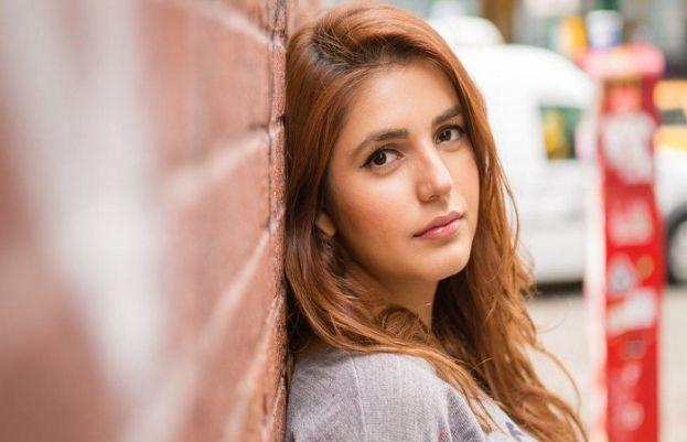 مومنہ مستحسن نےفخر زمان کے لیے آواز اٹھائی
